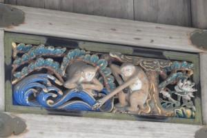 神猿彫刻⑦夫婦生活